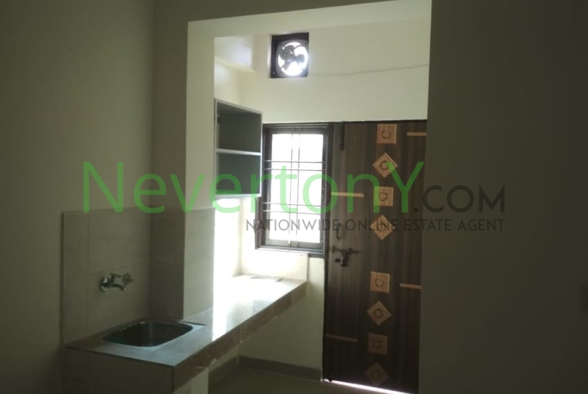 1-room-set-in-dwarka-sec-28-for-rent-nis1-00-023 (1)