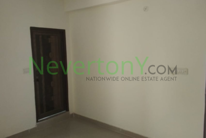 1-room-set-in-dwarka-sec-28-for-rent-nis1-00-023 (2)