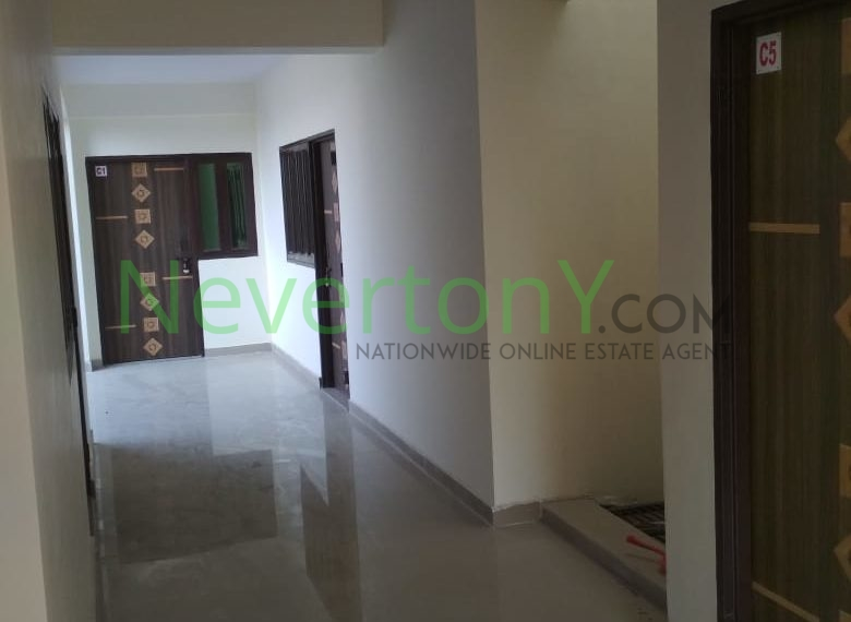1-room-set-in-dwarka-sec-28-for-rent-nis1-00-023 (5)