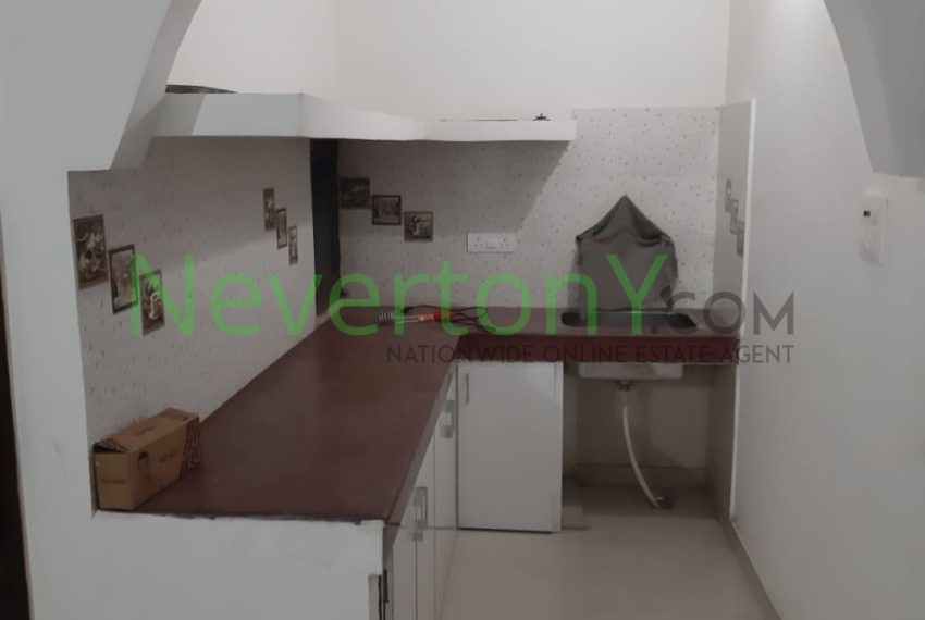 2-bhk-flat-for-rent-nis1-00-012 (4)