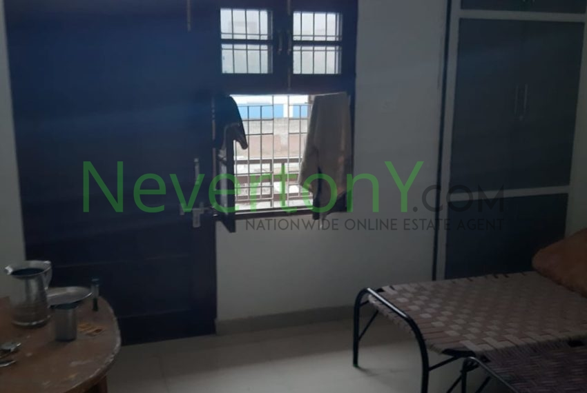 2-bhk-flat-for-rent-nis1-00-012 (6)