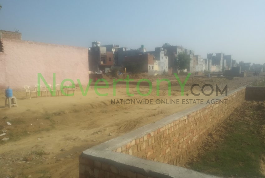 plot-in-baprola-for-rent-NIS1-00-018 (2)