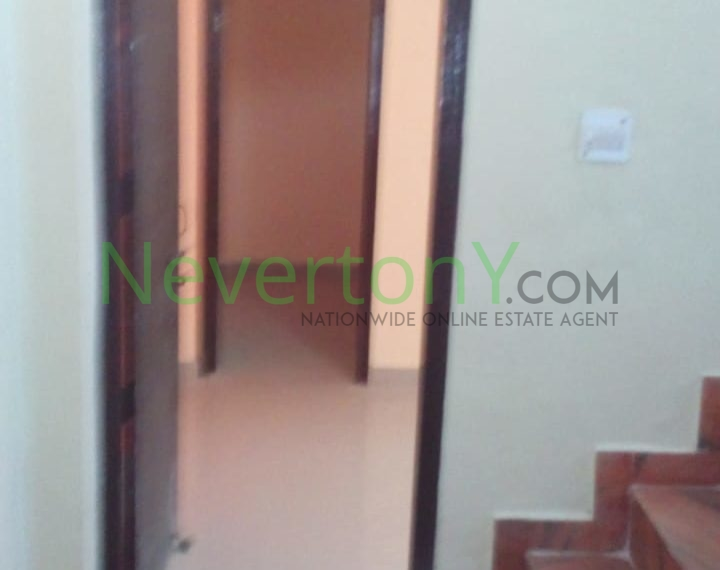 2-room-set-in-dwarka-sec-24-for-rent-nis1-00-037 (5)