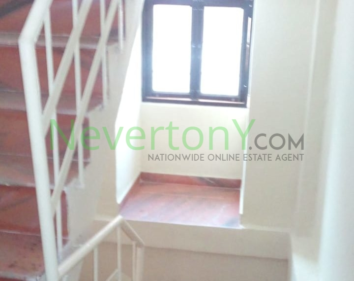 2-room-set-in-dwarka-sec-24-for-rent-nis1-00-037 (7)