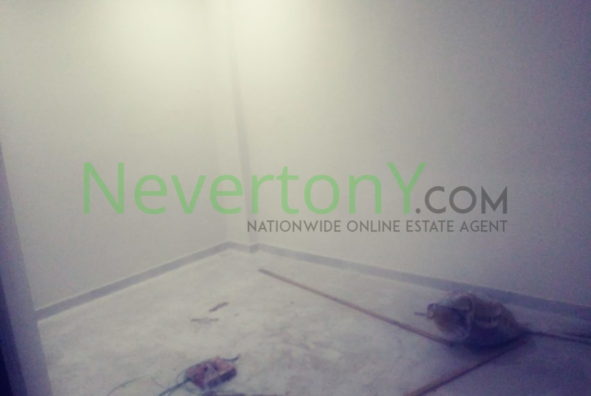 2-room-set-in-dwarka-sec-26-for-rent-nis1-00-027 (1)