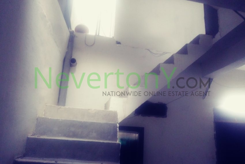 2-room-set-in-dwarka-sec-26-for-rent-nis1-00-027 (5)