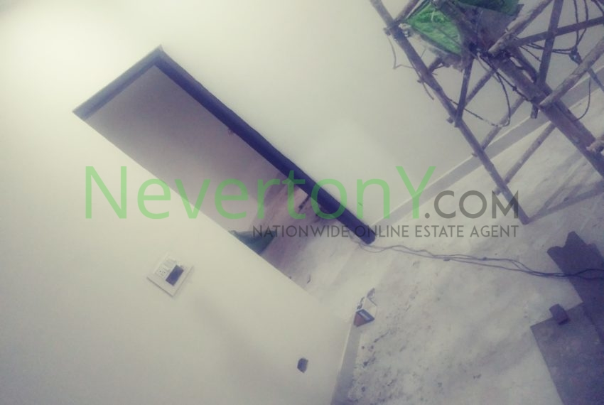 2-room-set-in-dwarka-sec-26-for-rent-nis1-00-027 (9)