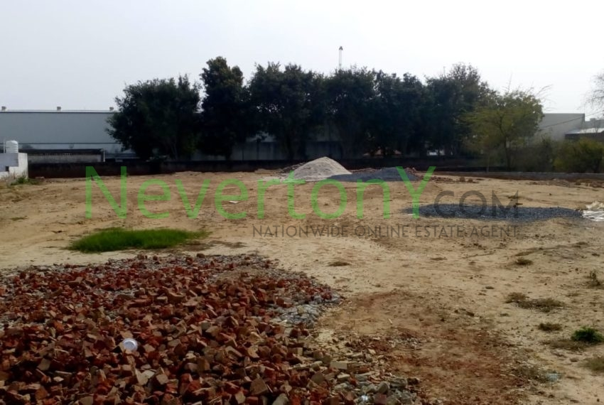 plot-in-dwarka-sec-28-for-rent-nis1-00-026 (2)
