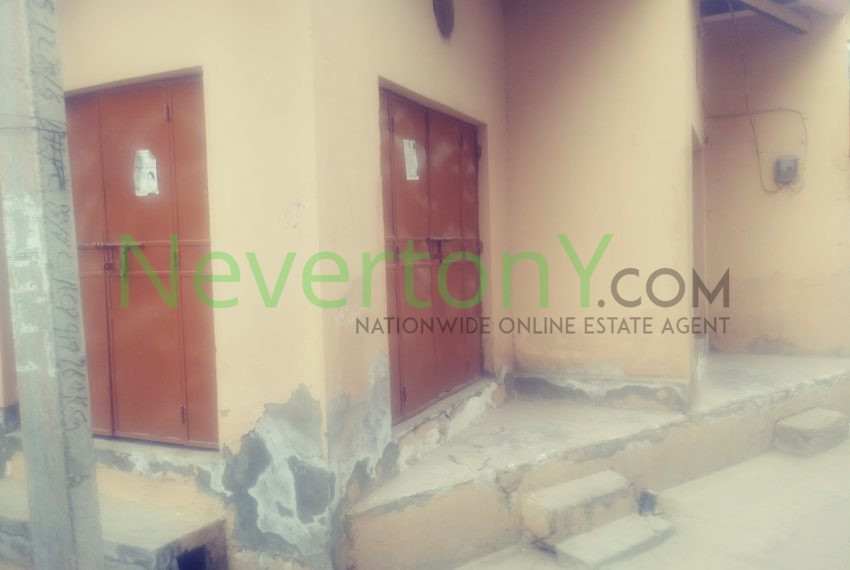 shop-in-dwarka-sec-24-for-rent-nis1-00-034 (4)