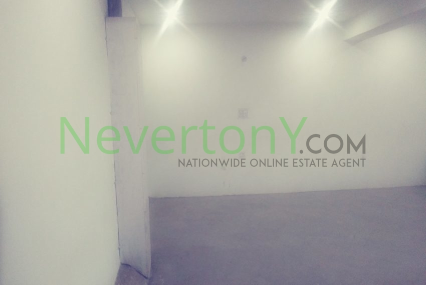 warehouse-in-dwarka-sec-24-for-rent-nis1-00-036 (2)