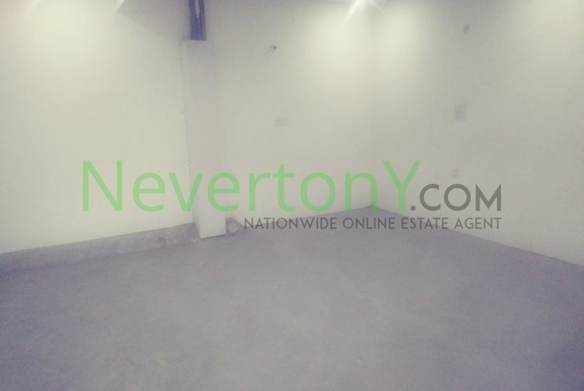 warehouse-in-dwarka-sec-24-for-rent-nis1-00-036 (4)