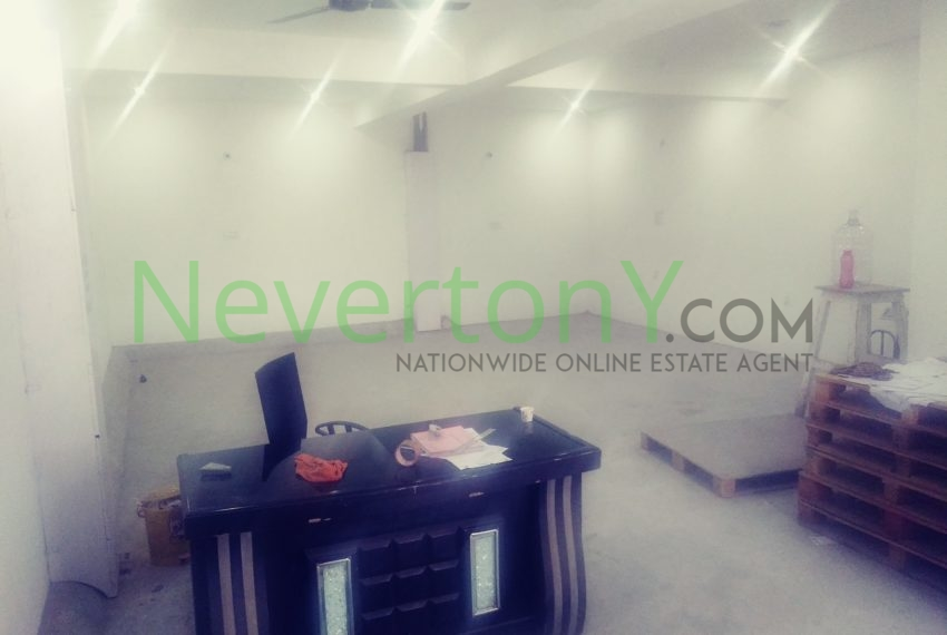warehouse-in-dwarka-sec-24-for-rent-nis1-00-036 (6)