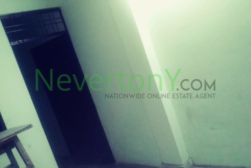 2-room-set-in-bijwasan-for-rent-nis1-00-048 (5)