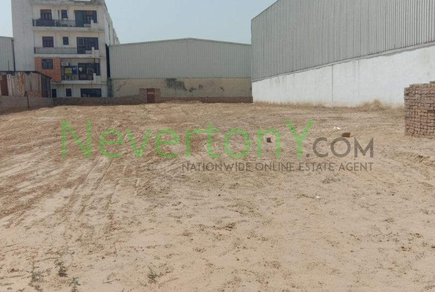 plot-in-dwarka-sec-28-for-rent-nis1-00-042 (1)