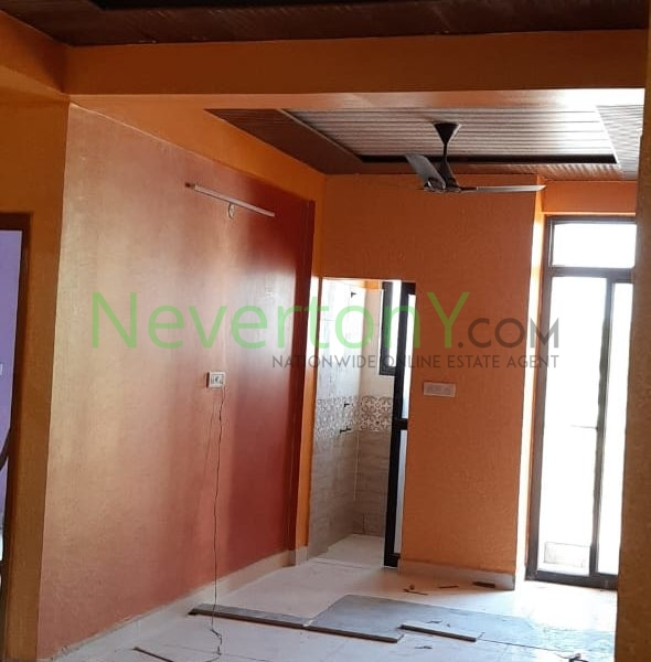 2-bhk-flat-in-dwarka-sec-28-for-sale-nis1-00-068 (1)