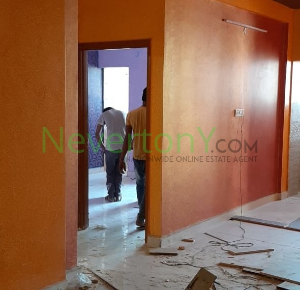 2-bhk-flat-in-dwarka-sec-28-for-sale-nis1-00-068 (3)