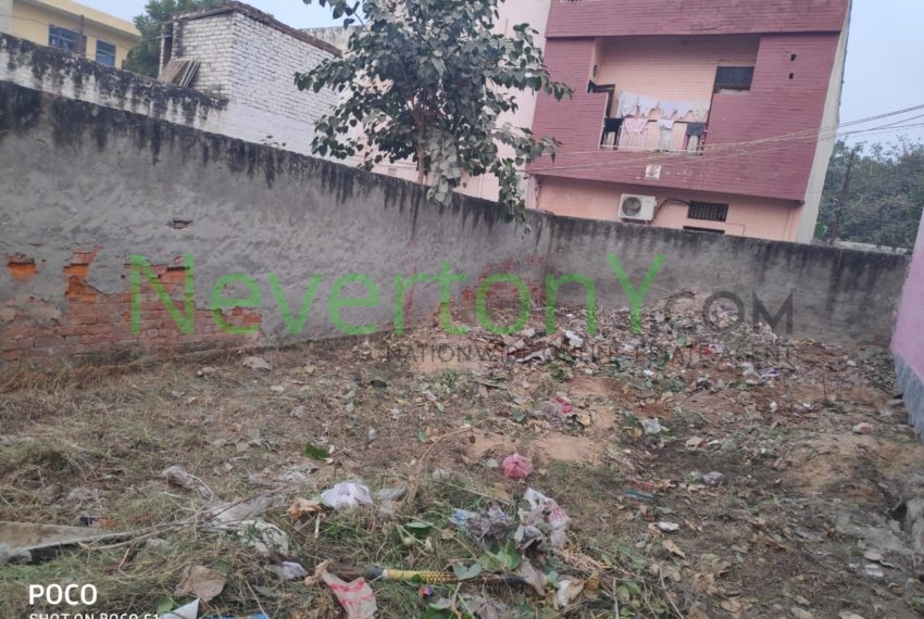 plot-in-najafgarh-extension-for-sale-nis1-00-104 (4)
